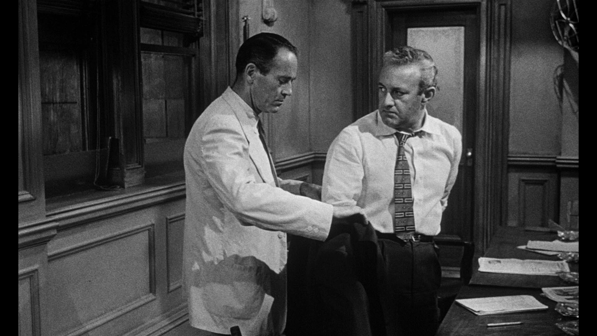 12 angry men Did you know trivia in 12 angry men (1997), lee j cobb's character was played by george c scott, making it the second time scott played a character on film that had been originated by cobb.