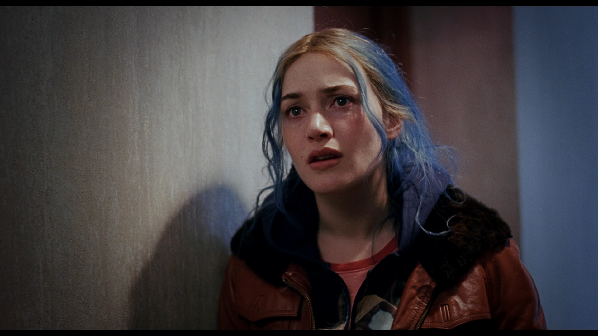 15 Eternal Sunshine Of The Spotless Mind Moments That Gave Us