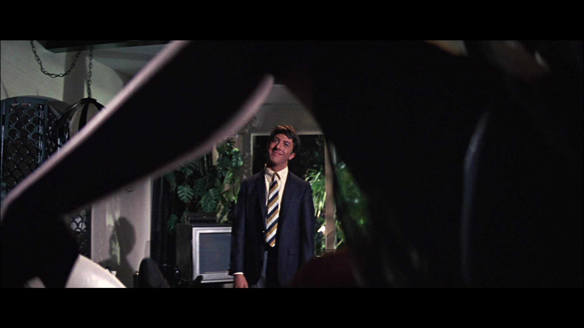 https://fogsmoviereviews.files.wordpress.com/2012/08/the_graduate_mrs_robinson_youre_trying_to_seduce_me.png