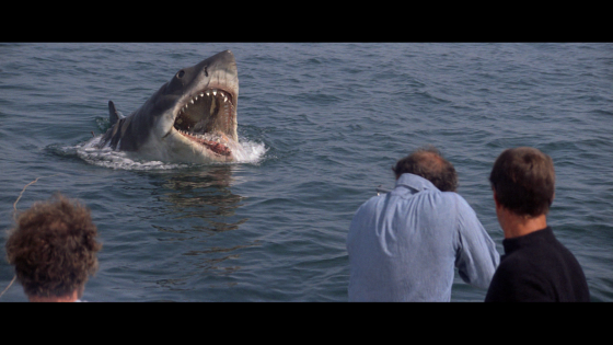Jaws_rearing_up